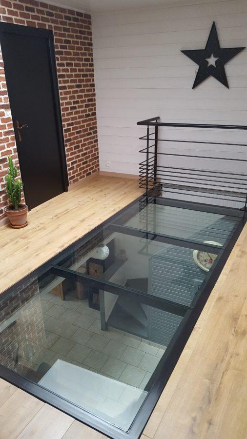 Plancher en verre, sol en verre sur mesure