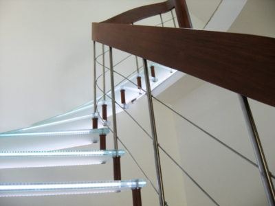 Escalier en verre avec incorporation led