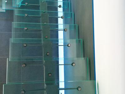 Marches d'escalier en verre