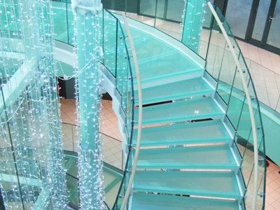 escalier en verre feuilleté trempé