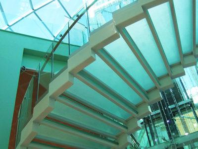 escalier en verre escalier sur mesure en verre escalier en verre feuillete sur mesure