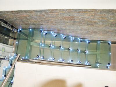 escalier en verre leds escalier en verre feuillete avec leds