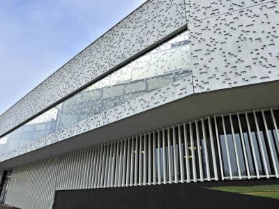 facade en verre feuilleté décoratif sur mesure