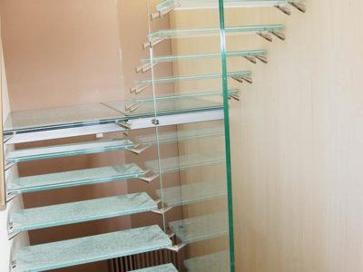 marche escalier en verre escalier en verre sur mesure escalier avec marche en verre feuillete de securite marche en verre trempe marche en verre