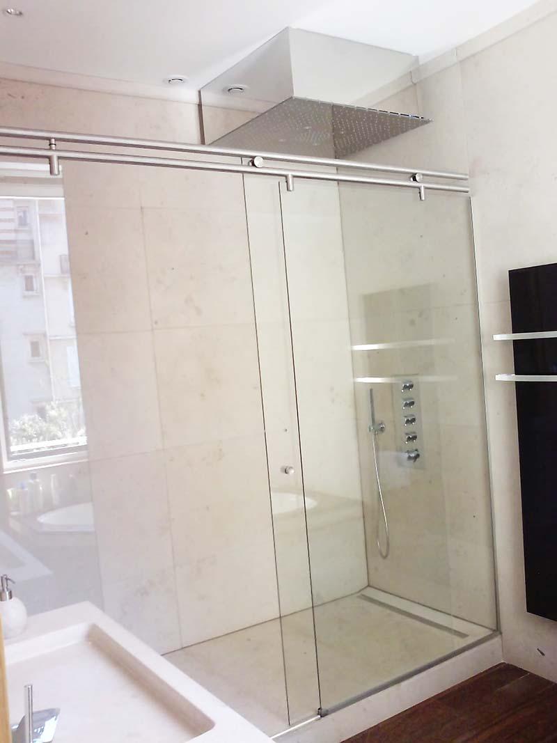 paroi de douche en verre feuillet. Black Bedroom Furniture Sets. Home Design Ideas