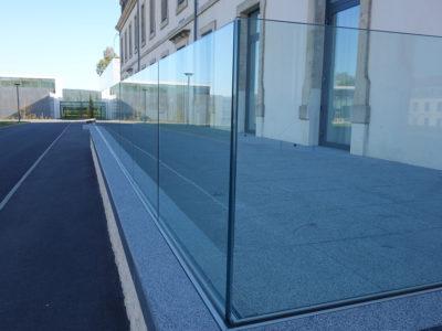 garde corps en verre feuilleté de sécurité