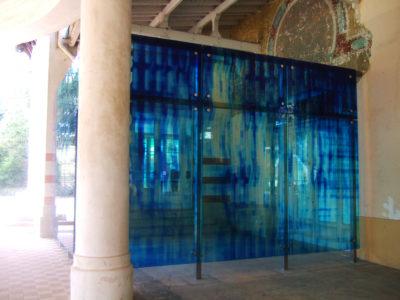 facade en vitrage feuilleté couleur