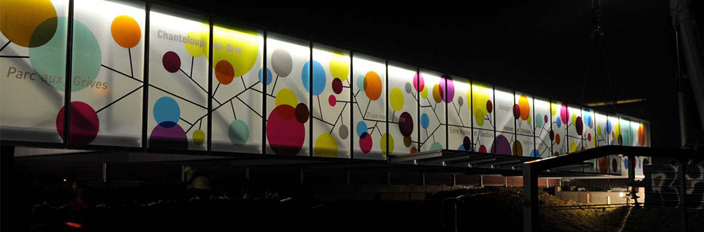 façade en verre feuilleté trempé avec insertion image
