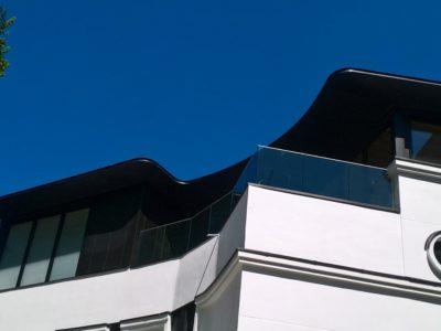 garde corps vitré sur balcon