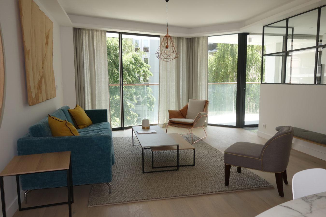 garde corps en verre miroiterie righetti. Black Bedroom Furniture Sets. Home Design Ideas