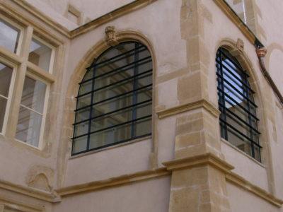 remplacement fenêtre double vitrage verre isolant vitrine en verre sur mesure