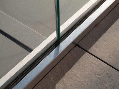 fixation garde-corps profil en verre