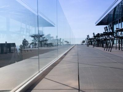 garde-corps en verre feuilleté de securite