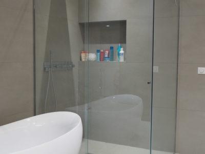 paroi de douche en verre sur mesure, paroi de douche en verre sécurit