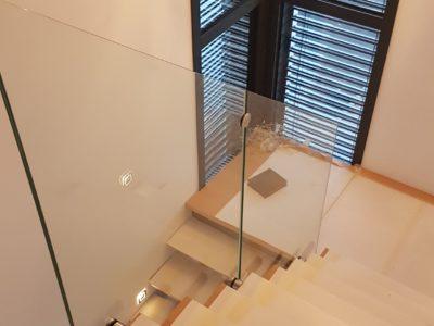 rampe en verre pour escalier interieur