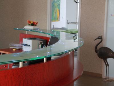 comptoir en verre feuillete sur mesure insertion leds