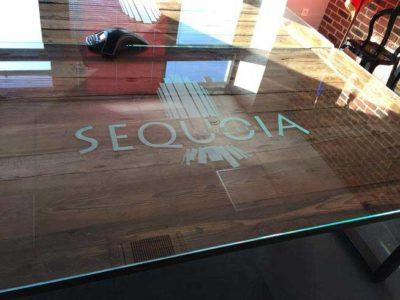 dessus de table verre impression logo