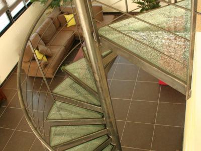 escalier colimacon en verre