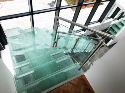 escalier en verre crash