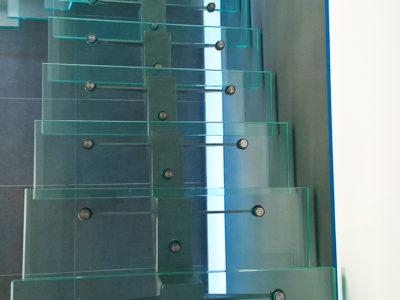 escalier en verre transparent