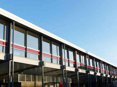 facade en verre feuillete couleur