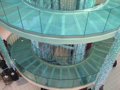 marche escalier en verre erp