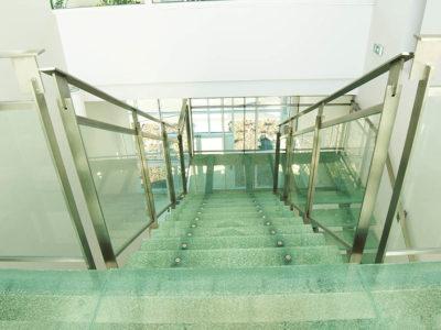 marche escalier verre feuillete decoratif