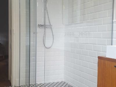 pare douche en verre anti calcaire