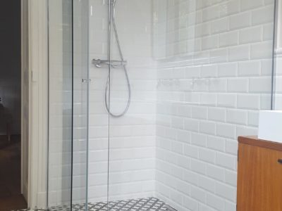 paroi de douche coulissante verre anticalcaire
