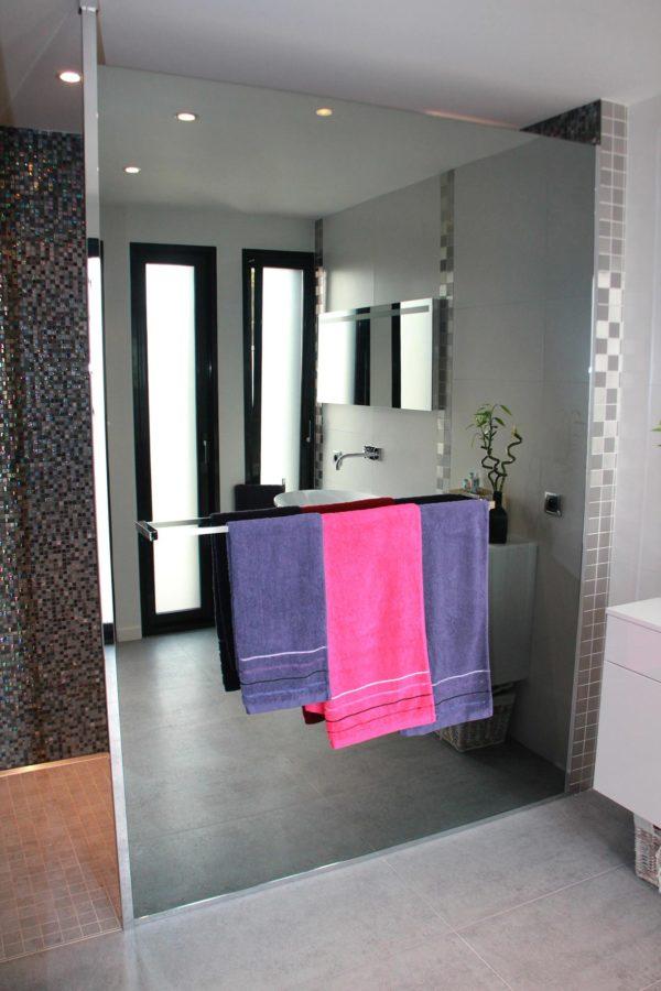 Pare douche en verre miroiterie righetti - Paroi de douche en verre sur mesure ...