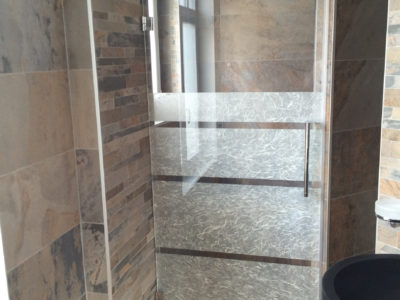 porte de douche verre feuillete decoratif