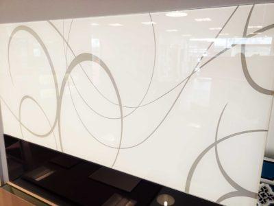 sablage sur vitrage laque motifs decoratifs