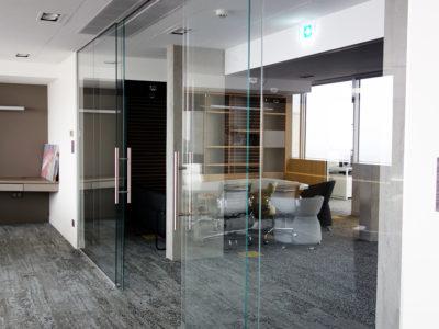 cloison en verre espace travail