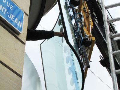 remplacement vitrine bombé pour magasin