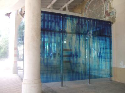 Facade en verre décoratif