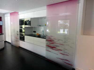 porte coulissante en verre decoratif
