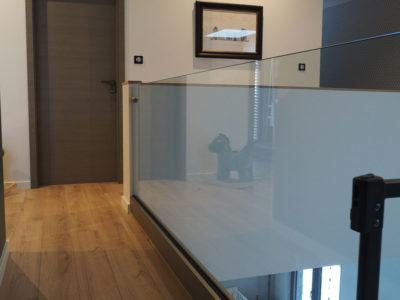 balustrade en verre pour etage interieur