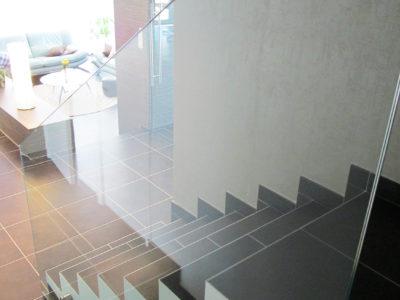 garde corps en verre pour escalier interieur