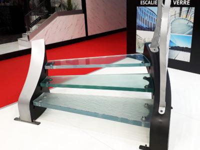 escalier en verre decoratif