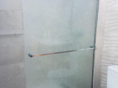 paroi de douche en verre decoratif