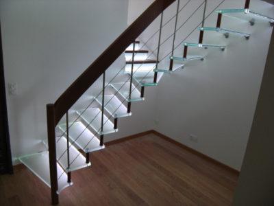 escalier en verre opale