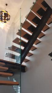Rampe d'escalier en verre sur mesure