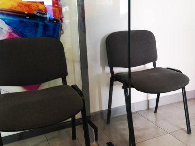 Protection en verre pour cabinet médical