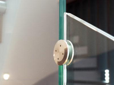 Connecteur verre-verre pour garde-corps