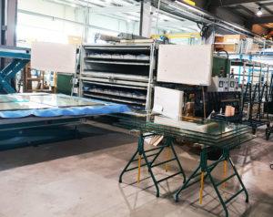 Atelier d'assemblage de verre feuilleté