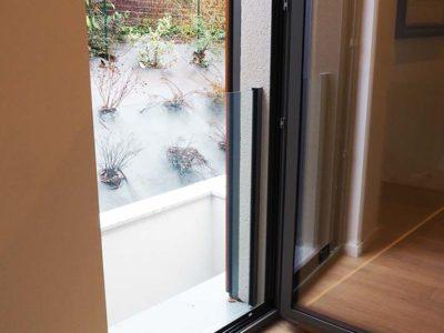 Protection en verre pour porte-fenêtre