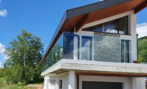 Garde-corps en verre extérieure