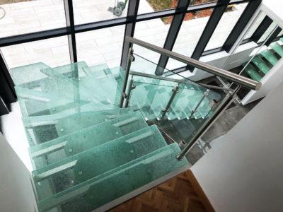 escalier en verre feuilleté trempe crash